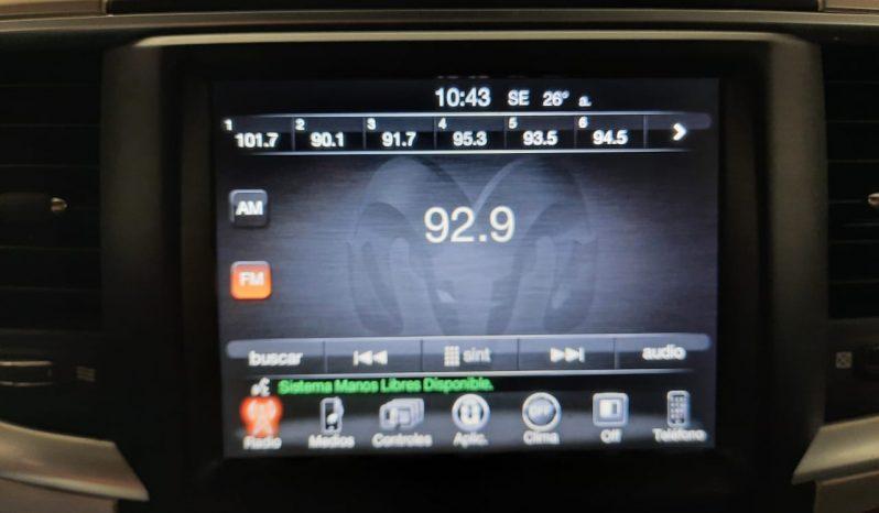 RAM BIG HORN 2017 PLATA BRILLANTE 4PTS. AUTO. full